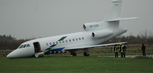 The Falcon 900EX after coming to rest at the end of the runway (photo: H.Kleischmann)