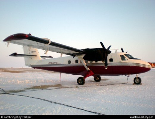 File photo of DHC-6 Twin Otter C-GARW, here in 2008 without floats