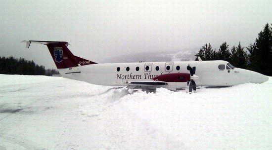 The airplane came to rest in the snow (TSB)